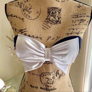 Victoria's Secret Strapless bow bikini